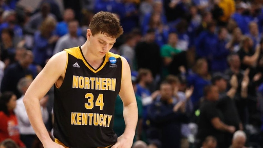 Northern Kentucky's Drew McDonald pauses after a first-round game against Kentucky in the men's NCAA college basketball tournament Saturday, March 18, 2017, in Indianapolis. Kentucky won 79-70. (AP Photo/Jeff Roberson)