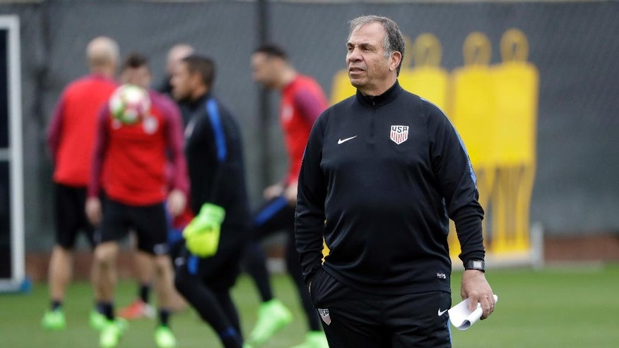 United States head coach Bruce Arena watches his team during a training session in preparation for a World Cup qualifying soccer match Wednesday, March 22, 2017, in San Jose, Calif. The U.S. face Honduras on Friday. (AP Photo/Marcio Jose Sanchez)