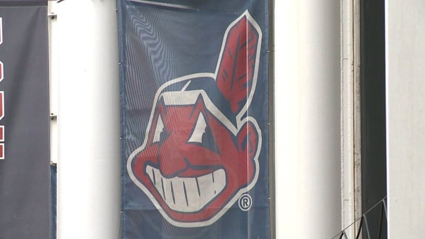 MLB commissioner urging Indians to scrap Wahoo logo