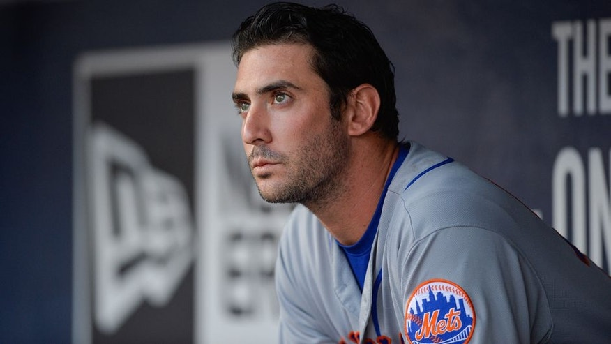 ATLANTA, GA - MAY 02: New York Mets starting pitcher Matt Harvey looks on from the dugout in the first inning during a game between the Atlanta Braves and New York Mets on May 2, 2017 at SunTrust Park in Atlanta, GA. (Photo by Rich von Biberstein/Icon Sportswire) (Icon Sportswire via AP Images)