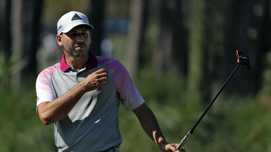 Sergio Garcia aces the famous island green at TPC Sawgrass