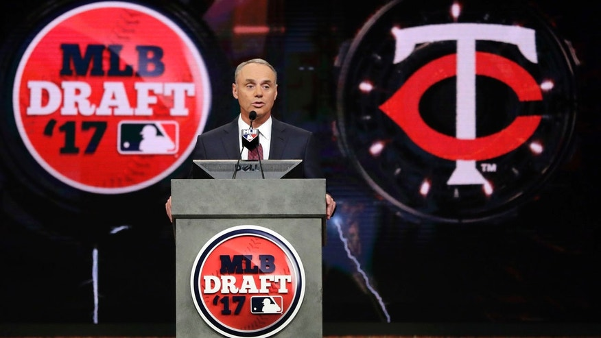Twins select Rooker again in first round