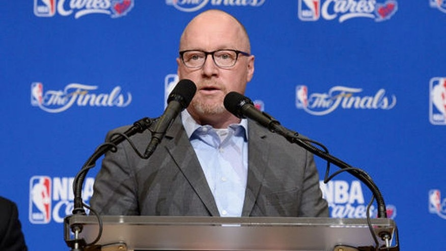 CLEVELAND, OH - JUNE 28 General Manager David Griffin of the Cleveland Cavaliers speaks to the guests at the 2017 NBA Finals Cares Legacy Project as part of the 2017 NBA Finals on June 8, 2017 at Boys & Girls Clubs of Cleveland at East Tech High School in Cleveland, Ohio. NOTE TO USER: User expressly acknowledges and agrees that, by downloading and or using this photograph, User is consenting to the terms and conditions of the Getty Images License Agreement. Mandatory Copyright Notice: Copyright 2017 NBAE (Photo by David Dow/NBAE via Getty Images)