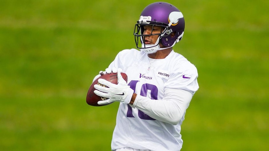 EDEN PRAIRIE, MN - JUNE 13: Minnesota Vikings wide receiver Michael Floyd (18) catches a pass during the Vikings Minicamp at Winter Park on June 13, 2017 in Eden Prairie, Minnesota. (Photo by David Berding/Icon Sportswire via Getty Images)