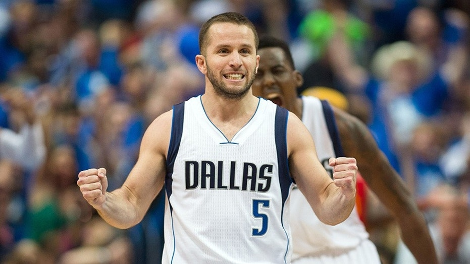 JJ Barea, Mavericks to have second relief flight to Puerto Rico