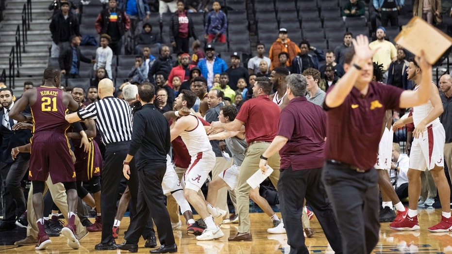 A mass brawl broke out in the second half of Saturday's game between Minnesota and Alabama at the Barclays Center in Brooklyn, N.Y.