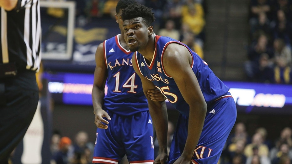 Kansas fan crashes basketball dorm offering free throw advice