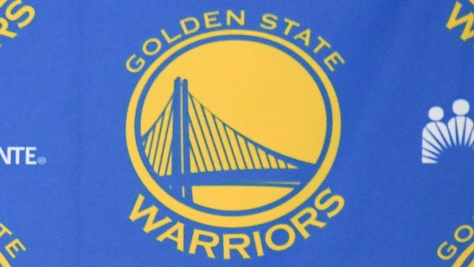 The logo of the NBA's Golden State Warriors is seen at the team's practice facility in Oakland, Calif., Jul 7, 2016.