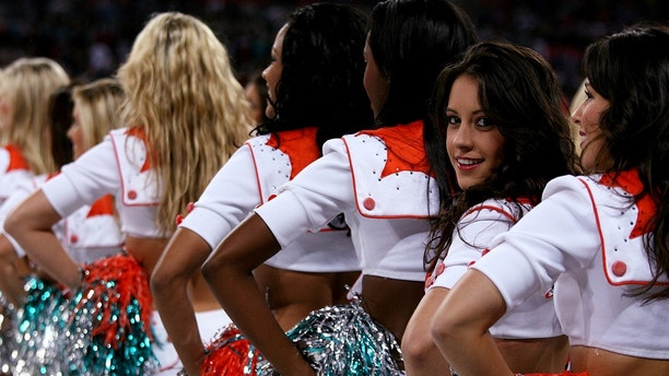 American Football - Miami Dolphins v New York Giants National Football League - Wembley Stadium - 28/10/07 