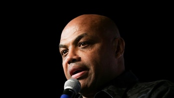 Former NBA basketball player Charles Barkley speaks to the crowd for his support of Democratic Alabama U.S. Senate candidate Doug Jones, during a rally at Old Car Heaven in Birmingham, Alabama, U.S. December 11, 2017.  REUTERS/Marvin Gentry - RC1A3EF58A50