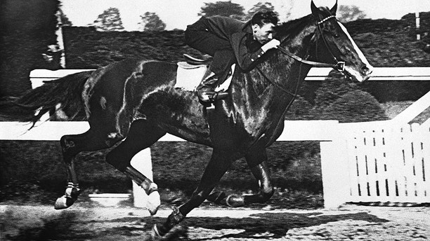 William Woodward?s Derby winner Omaha is galloping in his last hard workout prior to the $25,000 at Pimlico Race Track in Baltimore on May 10, 1935 at  Preakness tomorrow.    Omaha?s work consisted of a light workout.   His trainer, ?Sunny Jim? Fitzsimmons, says the son of Gallant Fox ?is ready?.  He probably will be a 6 to 5 favorite.  (AP Photo)