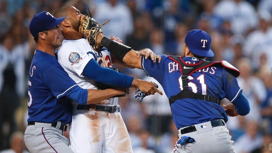 Kemp, Chirinos fight leads to Dodgers-Rangers brawl