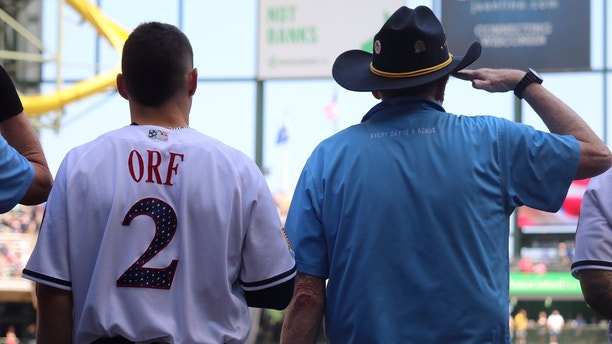1530892278033 - Milwaukee Brewers honor military veterans with Fourth of July ceremony
