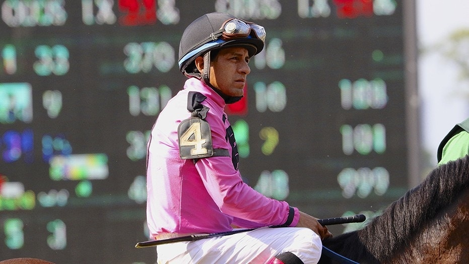 Victor Espinoza suffered a serious injury falling off a horse.