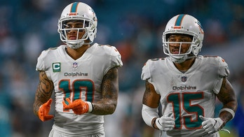 MIAMI, FL - SEPTEMBER 09: Kenny Stills #10 and Albert Wilson #15 of the Miami Dolphins in action during the game against the Tennessee Titans at Hard Rock Stadium on September 9, 2018 in Miami, Florida. (Photo by Mark Brown/Getty Images)