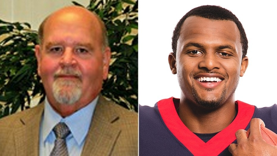 Texas superintendent: 'You can't count on a black QB'