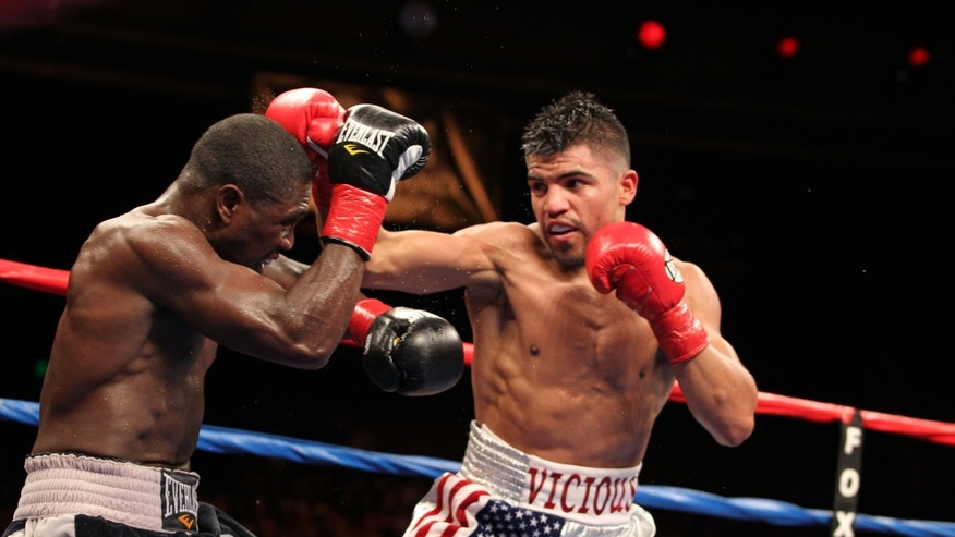 Andre Berto vs Victor Ortiz