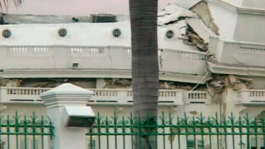 Haiti's Presidential Palace, damaged after an earthquake struck, in Port-au-Prince in this January 12, 2010 video grab. A major earthquake hit impoverished Haiti on Tuesday, toppling buildings in the capital Port-au-Prince, burying residents in rubble and causing many deaths and injuries, witnesses in the city said.