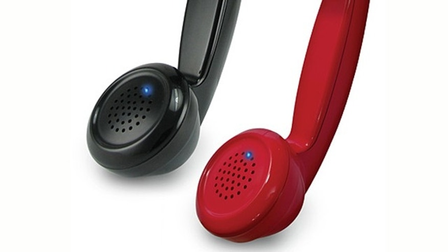 Take advantage of the built-in wireless connection in your cell-phone -- and have some fun, too -- with a retro handset from ThinkGeek.