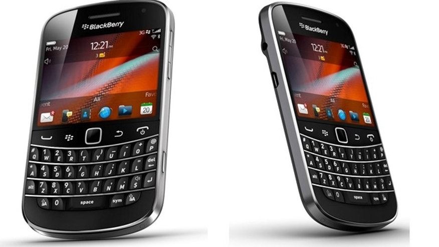 The Blackberry Bold 9900, a touchscreen version of the popular smarthphone, will be unveiled this summer, the company said.