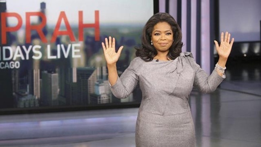 "Oprah Winfrey is shown in this handout photo on the set of her television program in Chicago, November 20, 2009. Winfrey stated today that she will end her popular TV show in 2011 because it ""feels right in her bones"" after 25 years, and urged her viewers not to believe rumors of why she's quitting.      REUTERS/George Burns-Harpo, Inc./Handout    (UNITED STATES ENTERTAINMENT) NO SALES. NO ARCHIVES. FOR EDITORIAL USE ONLY. NOT FOR SALE FOR MARKETING OR ADVERTISING CAMPAIGNS"