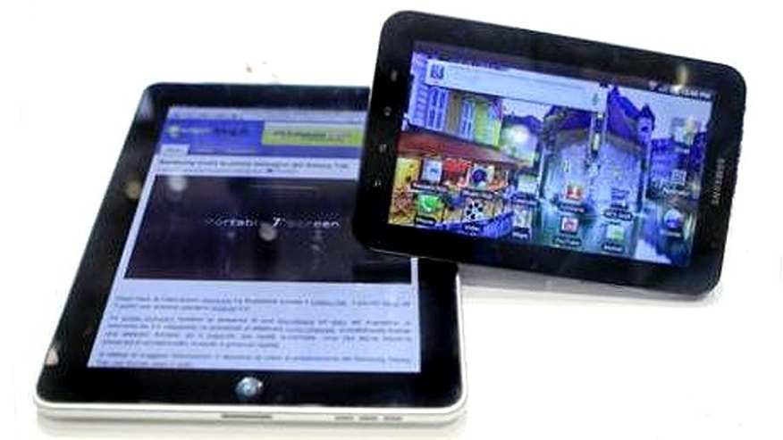 Sept. 2, 2010: An Apple iPad (L) next to Samsung's Galaxy Tab tablet (R) at the Internationale Funkausstellung (IFA) consumer electronics fair at 'Messe Berlin' exhibition centre in Berlin.