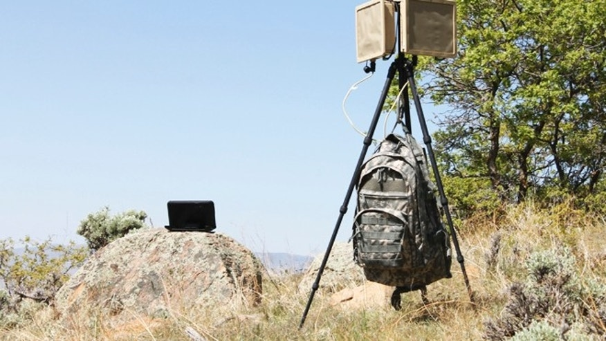 The world's first radar kit to fit into a backpack helps a solider monitor his surroundings -- preventing a surprise ambush.