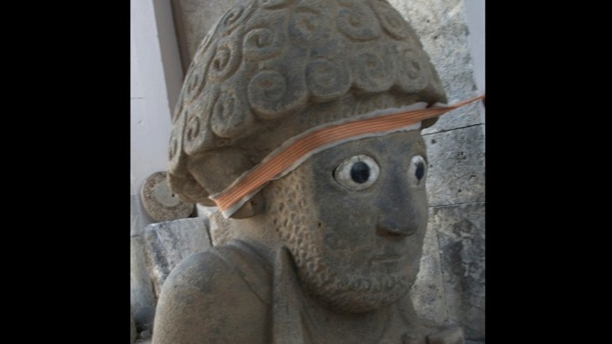 A newly excavated statue standing 5 feet (1.5 m) tall may have represented a Neo-Hittite king.