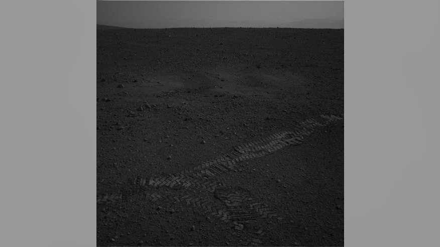 This image was taken by Navcam: Left A (NAV_LEFT_A) onboard NASA's Mars rover Curiosity on Sol 16 (2012-08-22 15:00:53 UTC).