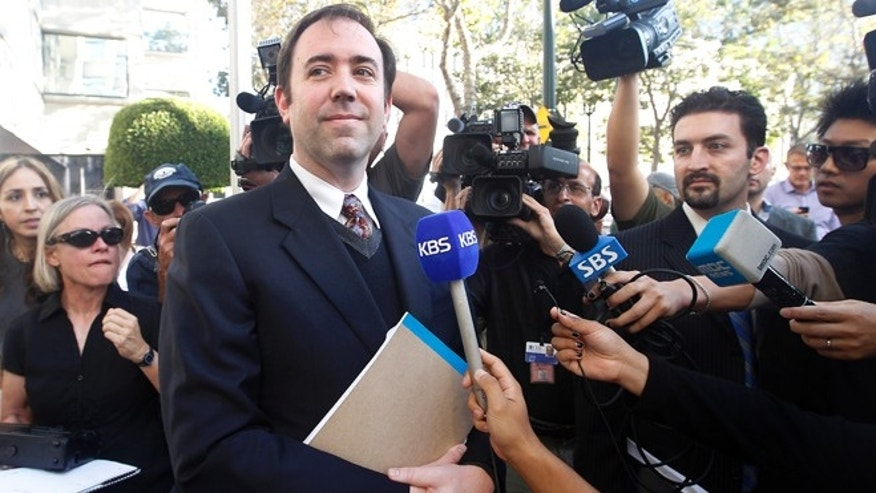 Aug 24, 2012: Jason Bartlett, outside counsel attorney for Apple, leaves the United States Courthouse and Federal building after a jury ordered Samsung to pay Apple $1.05 billion Friday after a year of scorched-earth litigation. The jury. An appeal is expected.