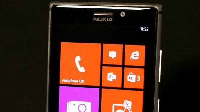 Nokia announces Lumia 925, new flagship Windows Phone ...