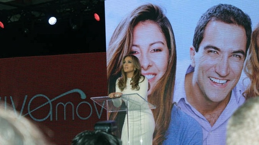 May 22, 2013: Actress and singer Jennifer Lopez has announced Viva Movil, a new wireless retailer dedicated to the Latino market. The first store opens June 15 in New York and 15 more will follow by year's end, she said.