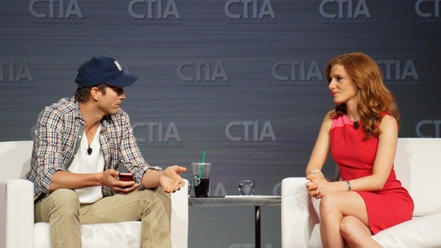 May 23, 2013: Ashton Kutcher at mobile-industry trade show CTIA 2013  discusses his views on the mobile industry and social networking.