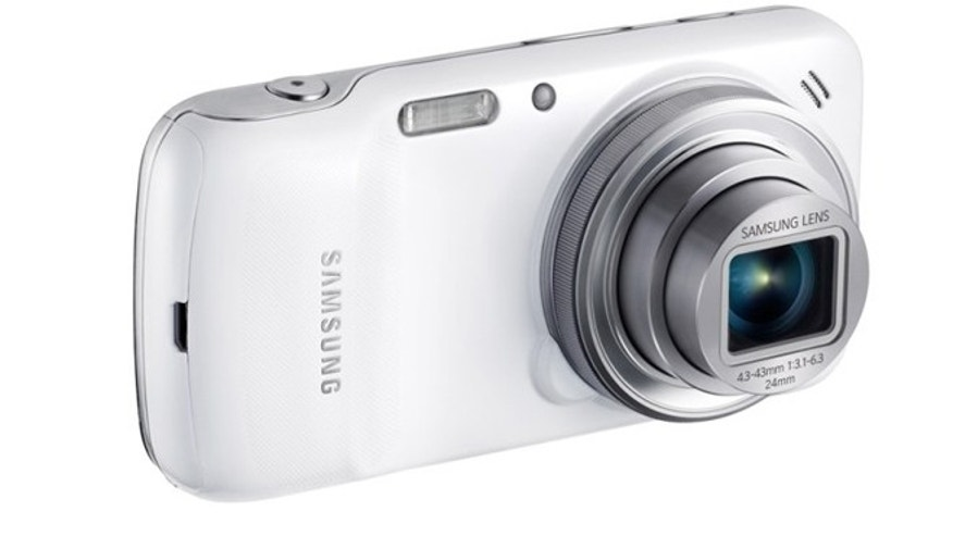 On Wednesday, Samsung unveiled its Galaxy S4 zoom, a new version of its top-of-the-range smartphone containing a high-quality camera with an optical zoom.