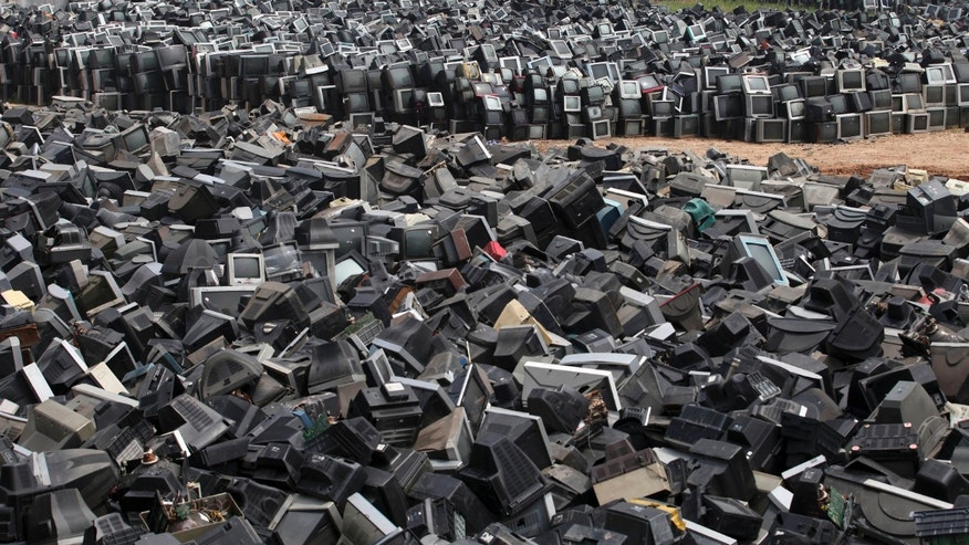 electronic waste and the environment 2018-4-3 electrical and electronic wastes (e-waste) has been recognized as a priority issue which  environment for the directions and advices given throughout the project.
