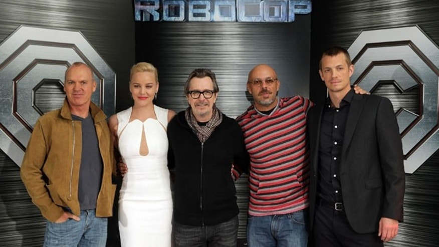 "Jan. 23, 2014: Michael Keaton, Abbie Cornish, Gary Oldman, director Jose Padilha and Joel Kinnaman at Columbia Pictures ""Robocop"" photo call held in Los Angeles, CA."