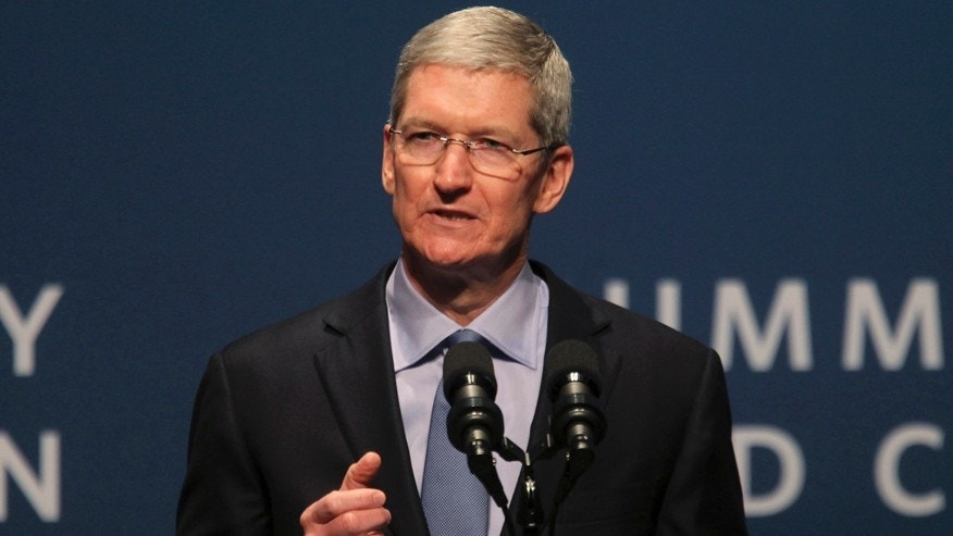 File photo - Apple CEO Tim Cook speaks during the White House summit on cybersecurity and consumer protection in Palo Alto, Calif. Feb. 13, 2015.