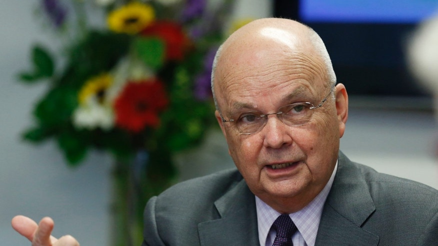 File photo - Former NSA/CIA Director Michael Hayden talks during a Reuters CyberSecurity Summit in Washington, May 12, 2014.