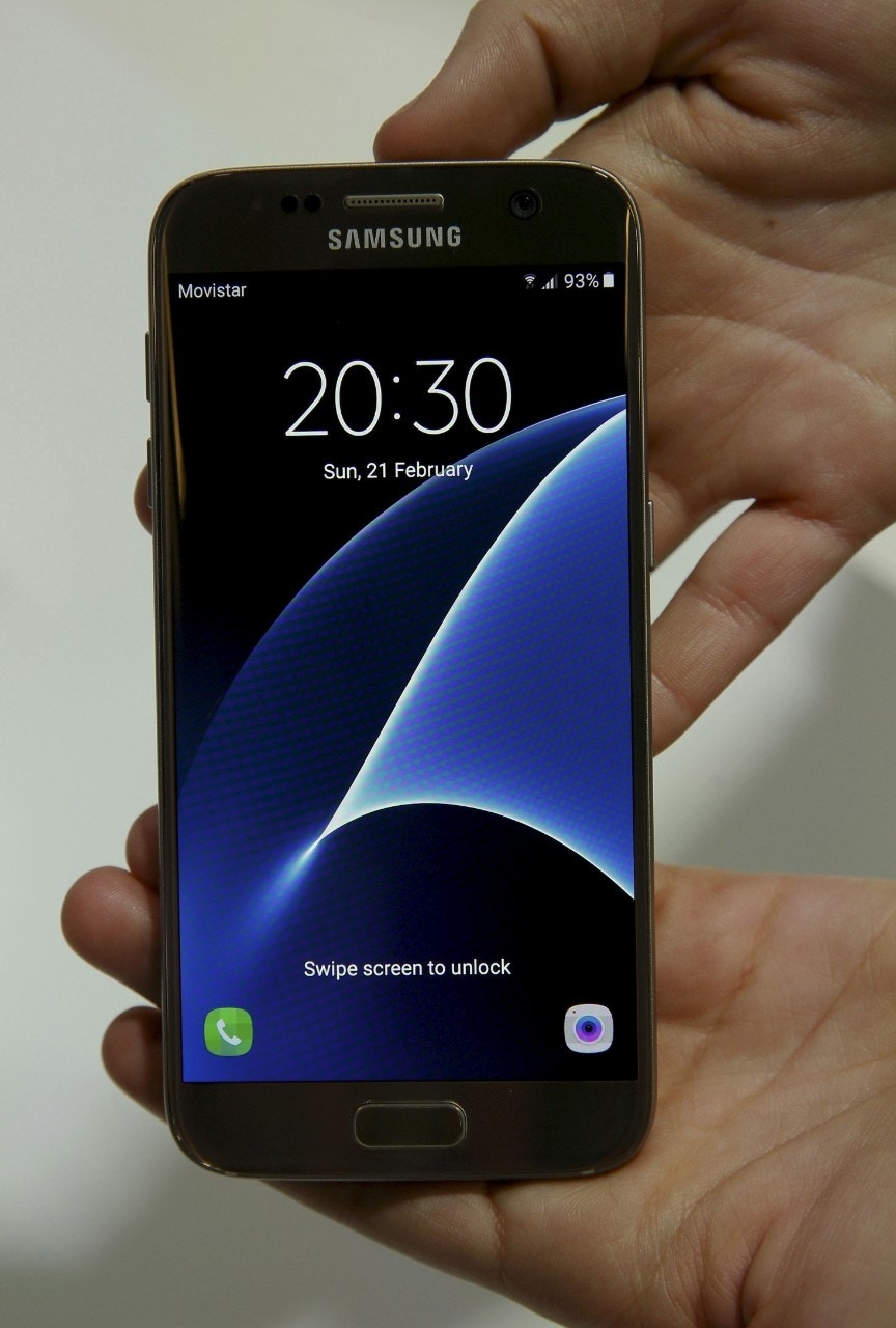 Samsung Galaxy S7, S7 Edge review roundup: iPhone thumping design?
