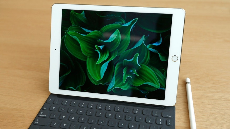 The new iPad Pro is seen on display during an event at the Apple headquarters in Cupertino, California March 21, 2016. REUTERS/Stephen Lam - RTSBJ3W
