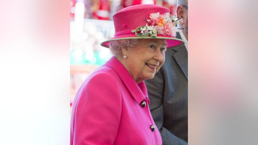 File photo - Britain's Queen Elizabeth officially opens the new bandstand at Alexandra Gardens in Windsor, west of London, Britain, April 20, 2016. (REUTERS/Arthur Edwards/Pool)