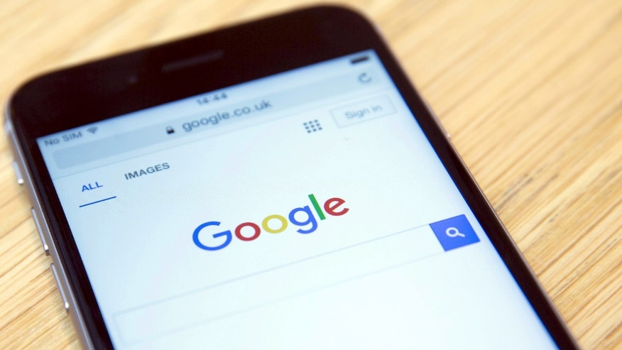 The Google internet homepage is displayed on a product at a store in London, Britain January 23, 2016. ( REUTERS/Neil Hall)