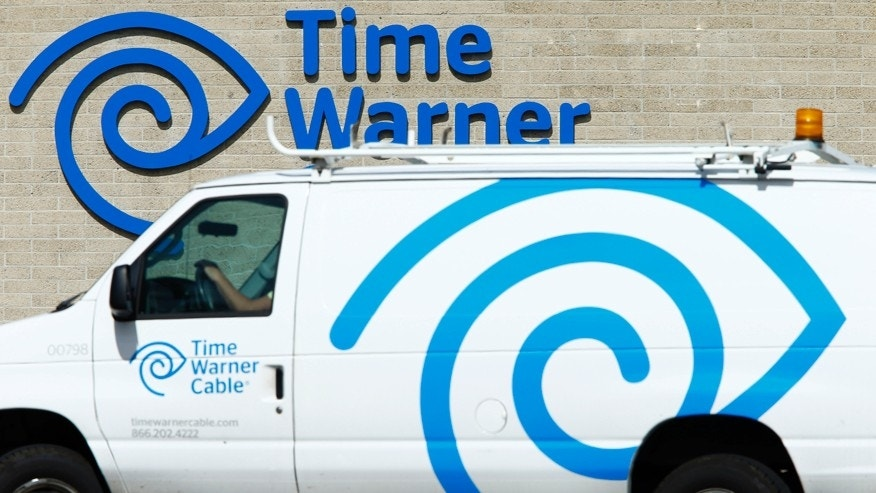 File photo - A Time Warner Cable office is pictured in San Diego, California Oct. 15, 2014. (REUTERS/Mike Blake)
