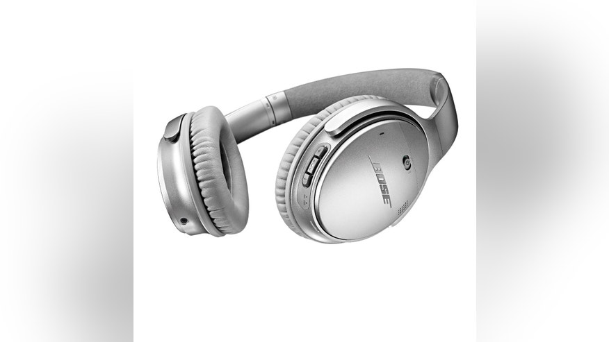 Bose QuietComfort 35 wireless headphones (Bose).