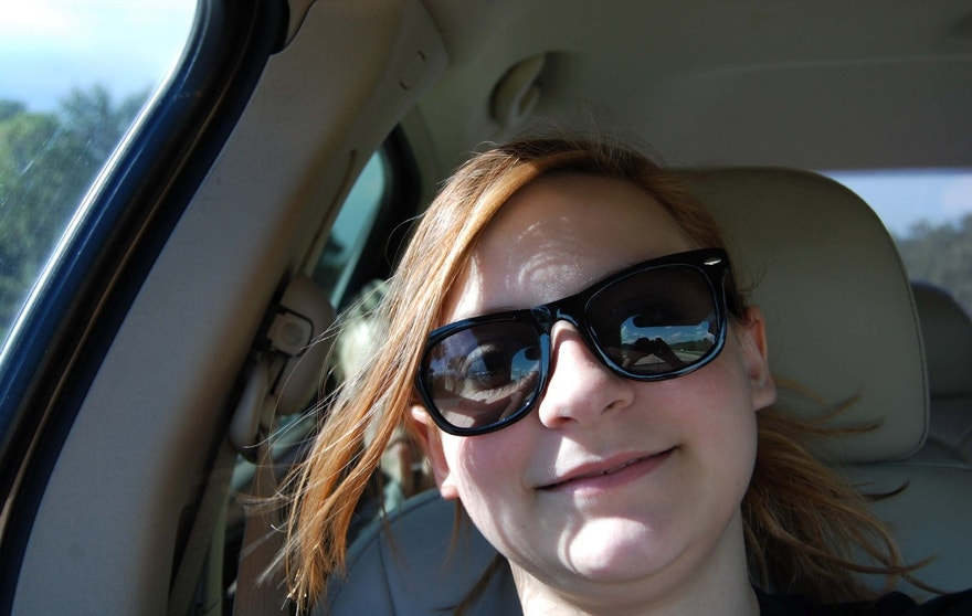 PIC FROM MERCURY PRESS (PICTURED: HARPER KURTZ, 13, TAKING A SELFIE ON A CAR JOURNEY WHEN A GHOST APPEARS OVER HER SHOULDER)A mum claims her daughter caught the moment a child ghost hitchhiked a ride in their car and experts believe it was an accident victim warning her to wear a seatbelt.Melissa Kurtz, 48, was driving her daughter Harper to a beauty pageant when the 13-year-old became bored on the 45-minute journey began taking selfies.However later the mum-of-two spotted the ghostly face a young boy lurking on the back seat appearing to reach towards Harper despite no one else being in the car with them.Researching the stretch of road they were travelling on, Melissa discovered that the apparitions appearance coincided with the anniversary of a death in a road accident that she believes was possibly the same child. SEE MERCURY COPY