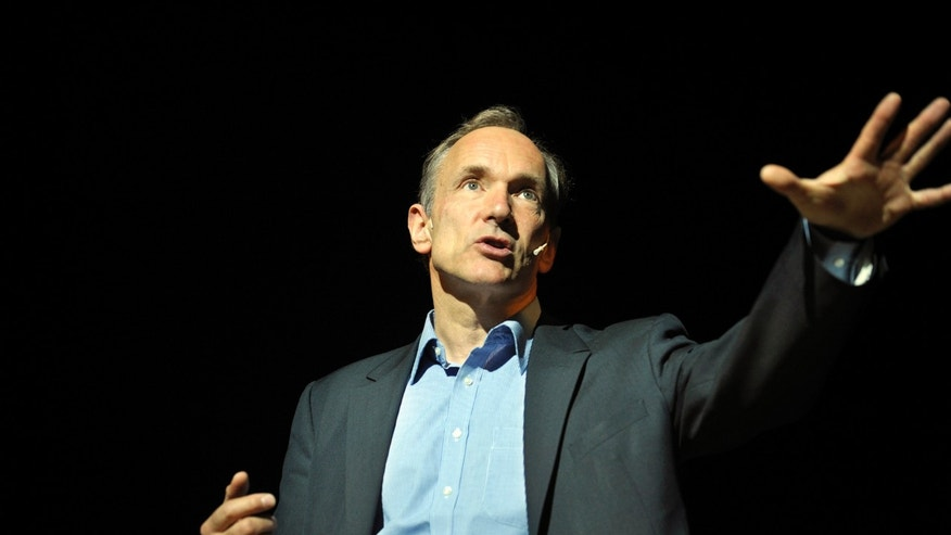 File photo - World Wide Web founder Tim Berners-Lee delivers a speech at the Bilbao Web Summit in the Palacio Euskalduna May 17, 2011. (REUTERS/Vincent West)
