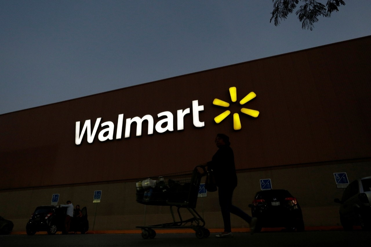 Walmart adding 'pickup discount' to 1M online-only products