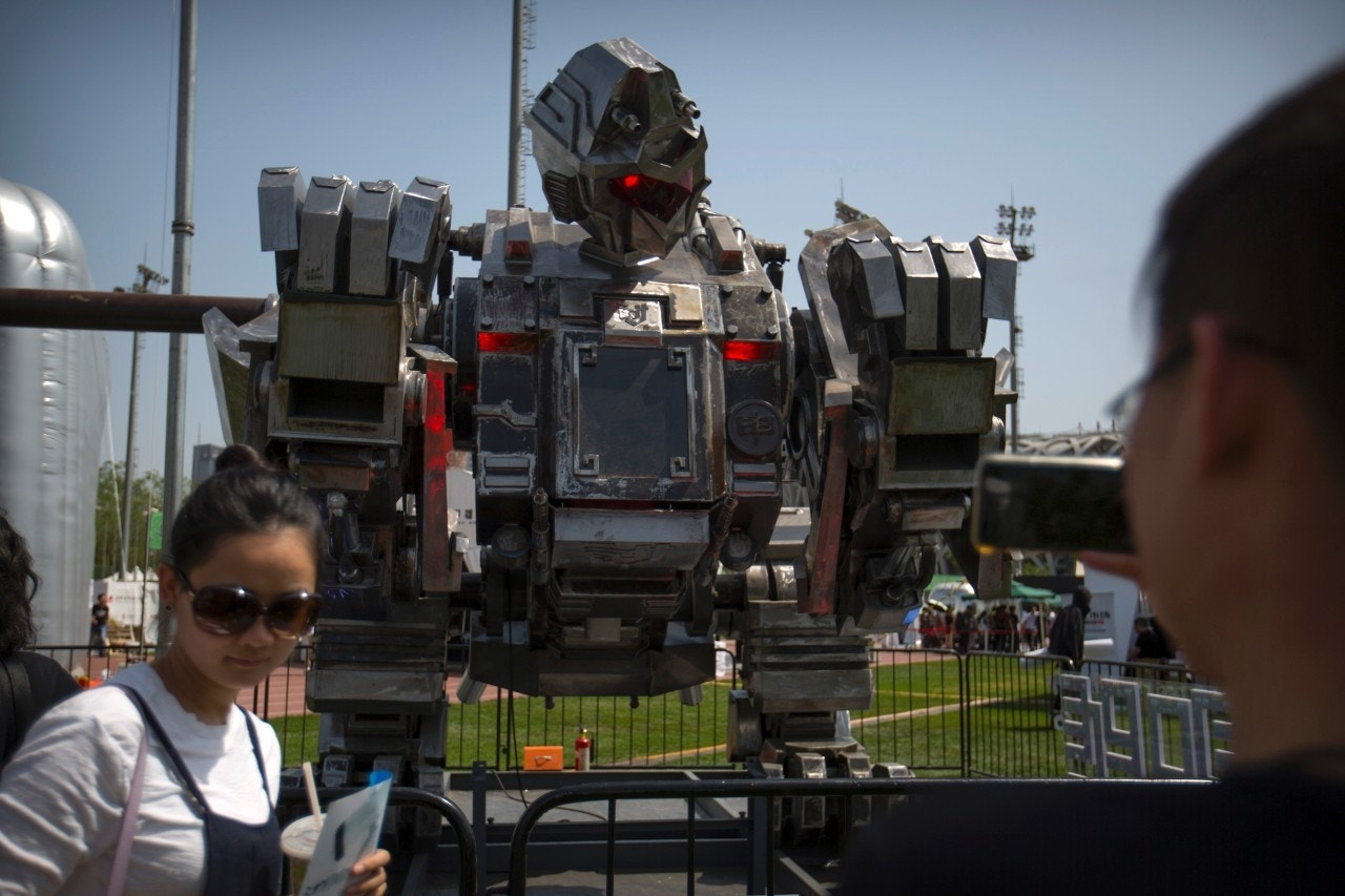 Chinese firm unveils giant 'Monkey King' gladiator robot