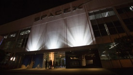 An exterior of the SpaceX headquarters in Hawthorne, California May 29, 2014. Space Exploration Technologies, or SpaceX, on Thursday unveiled an upgraded passenger version of the Dragon cargo ship NASA buys for resupply runs to the International Space Station. REUTERS/Mario Anzuoni  (UNITED STATES - Tags: POLITICS TRANSPORT SCIENCE TECHNOLOGY SOCIETY BUSINESS LOGO) - RTR3RGN8