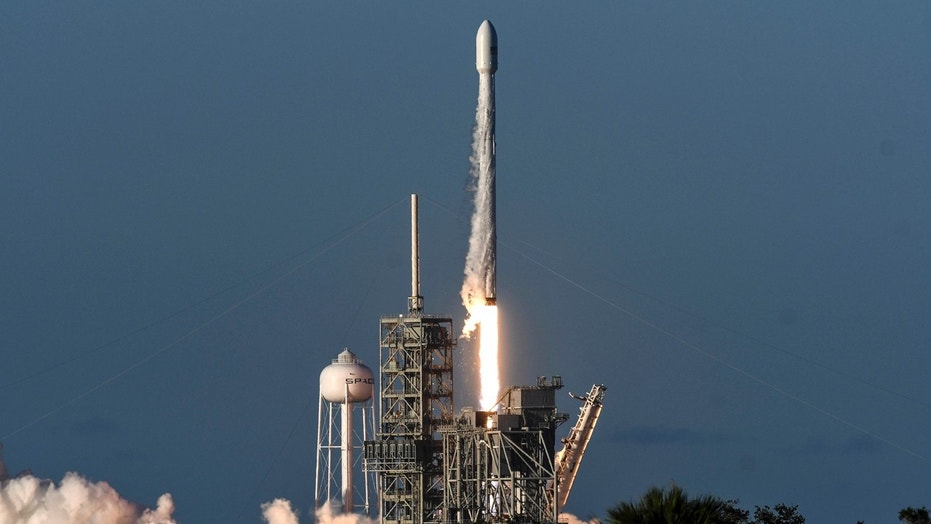File photo: A SpaceX Falcon 9 rocket lifts off from Kennedy Space Center in Cape Canaveral, Fla., Wednesday, July 5, 2017. (Craig Bailey /Florida Today via AP)